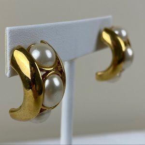 Vintage Goldtone & Faux Pearl Earrings
